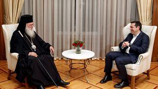Aleksis Çipras ile Yunanistan Ortodoks Kilisesi Başpiskoposu İeronomios