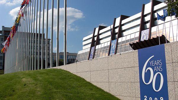 Avrupa Konseyi, Strasbourg'da OHAL Komisyonu üyelerini dinliyor