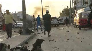 Hármas robbantás Szomália fővárosában