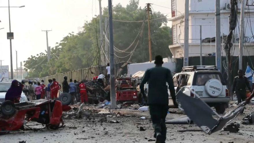 Somalia: doppio attentato a Mogadisco, almeno 22 morti