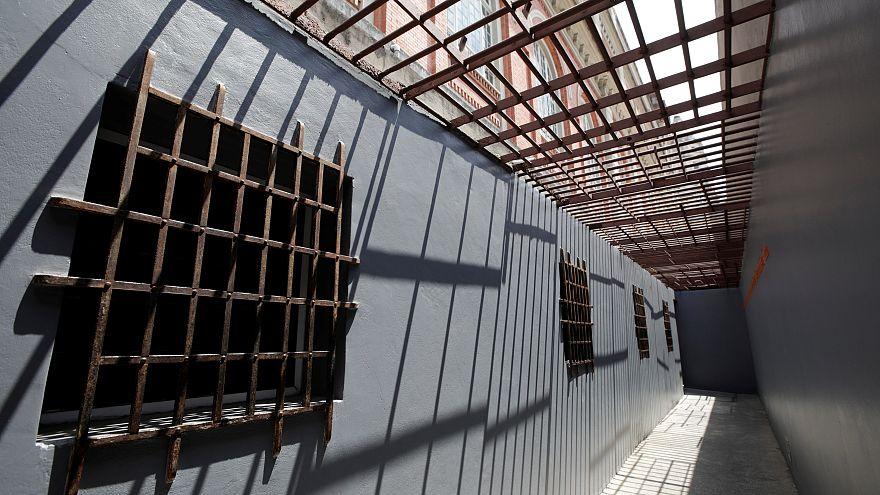 İran Afgan tutukluları ülkelerine teslim etmek istiyor