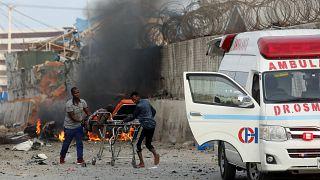 Πολύνεκρη βομβιστική επίθεση στην πρωτεύουσα Μογκαντίσου