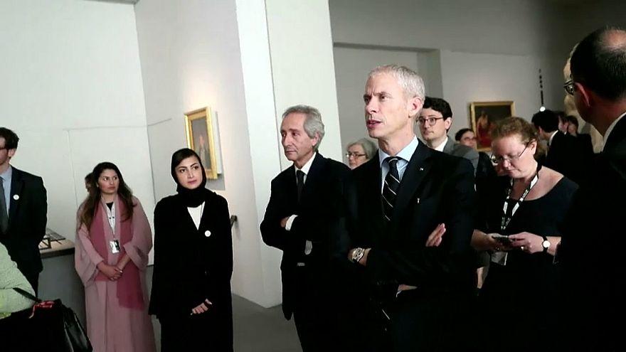وزير الثقافة الفرنسي يحتفل بالذكرى الأولى لافتتاح متحف اللوفر أبوظبي