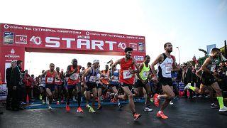 Vodafone 40. İstanbul Maratonu'nda Kenyalı atletler kadınlar ve erkekler kategorisinde rekor kırdı