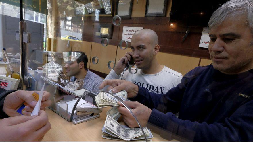 نفت ایران ۶۳ دلاری شد؛ سقوط بورس و نزول دلار از مرز ۱۴ هزارتومان