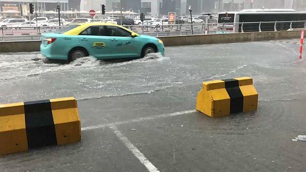 Inondazioni in Qatar per la seconda volta in un mese