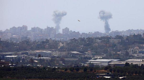 إسرائيل تقتل 7 فلسطينيين بينهم قيادي في القسام ومقتل ضابط إسرائيلي في الهجوم