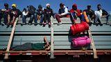 مهاجرون على شاحنات الدجاج والولايات المتحدة تستعد لصدهم