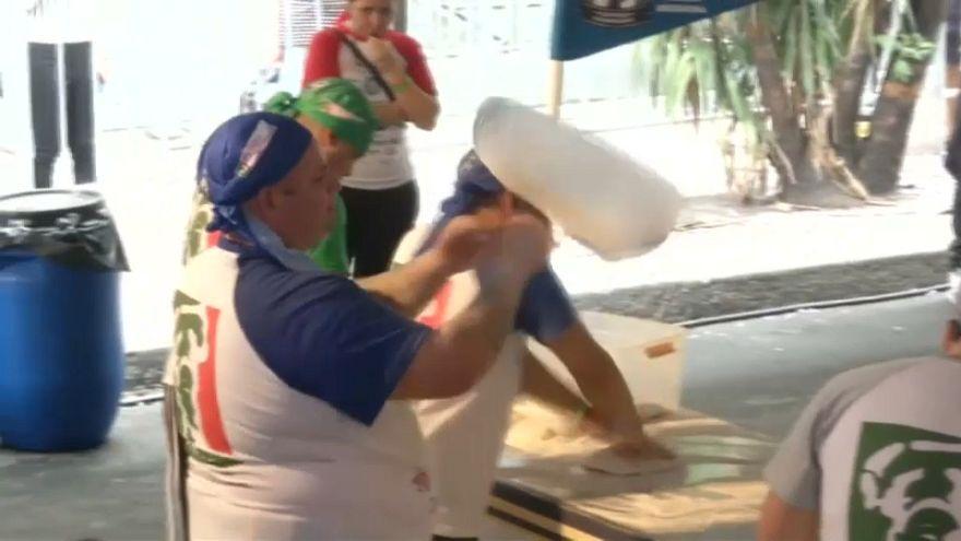 مسابقة تحضير فطائر البيتزا لدخول موسوعة غينيس- الأرجنتين 11-11-2018