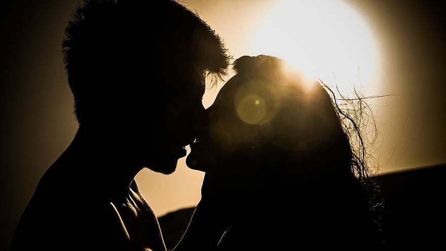 10% των ανδρών και 7% των γυναικών δυσκολεύονται να ελέγχουν τις σεξουαλικές τους ορμές