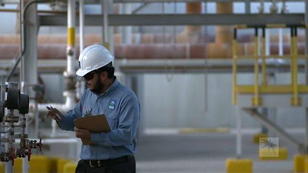 Arabia Saudí anuncia una importante reducción de su producción de petróleo