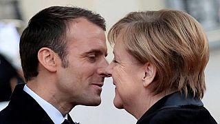 Video: donna di 101 anni scambia Angela Merkel per la signora Macron