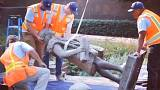 Los Angeles topples its Christopher Columbus statue