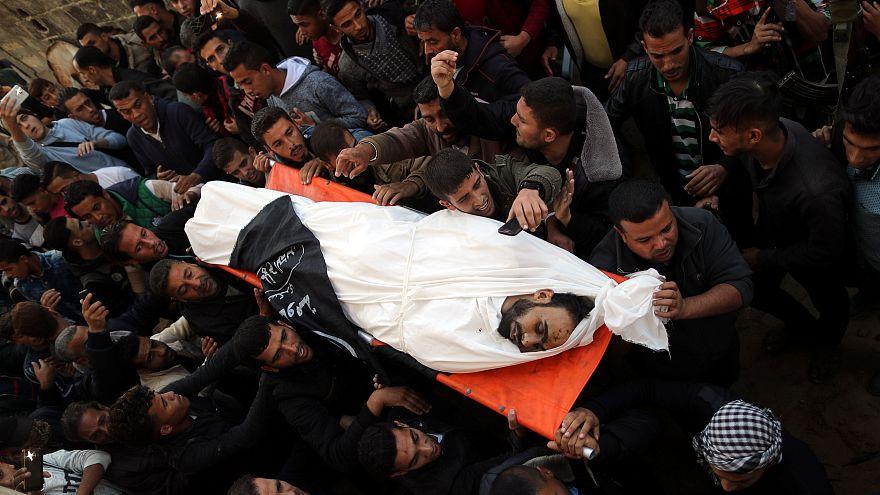 غزة تشيع وتدفن ضحاياها الذين قضوا جراء الاعتداء الإسرائيلي