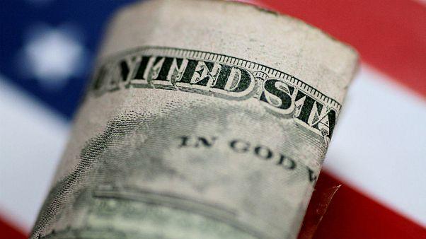 یک هفته پس از تحریمها؛ دلار و سکه ارزان شد
