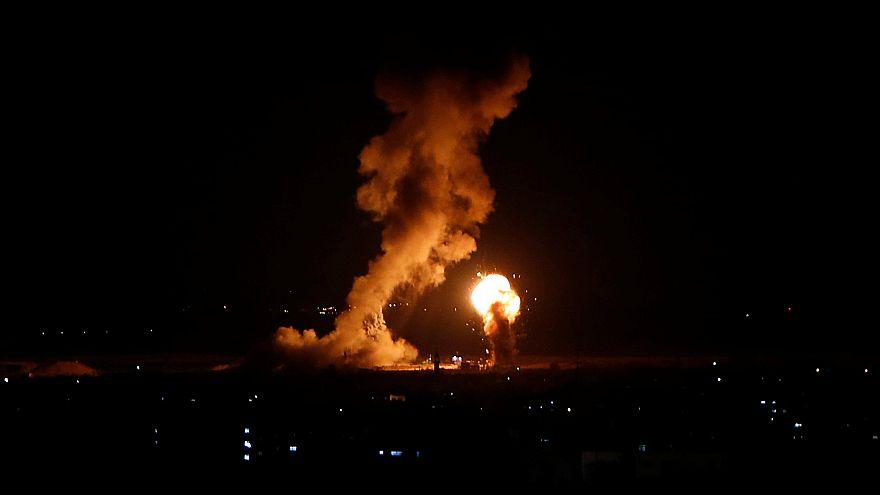 توقف بث قناة الأقصى الفلسطينية عقب تدميرها بصواريخ إسرائيلية