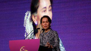 Amnesty International nimmt Aung San Suu Kyi Preis wieder weg