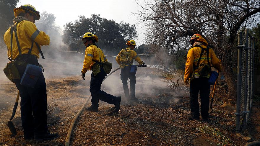 """أعنف حرائق في تاريخ كاليفورنيا تقتل 42 شخصا وترامب يعلنها منطقة """"كارثة كبرى"""""""