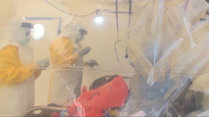 KDC'de temmuz ayı sonunda yeniden başlayan ebola salgınında en az 198 kişi hayatını kaybetti