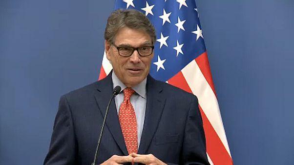 Budapesten lobbizott Moszkva ellen az amerikai miniszter
