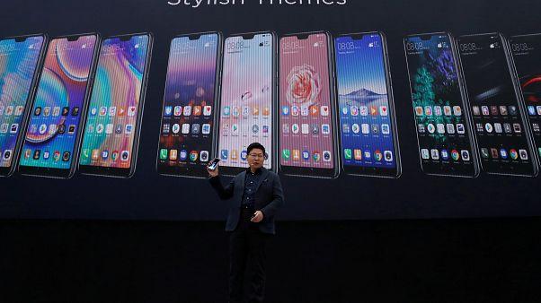 Akıllı telefon piyasası doyum noktasına ulaştı: Telefonların sonu yakın mı?