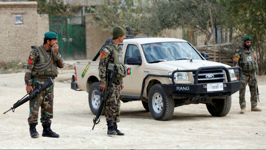 افغانها مسئولیت ادامه جنگ را پس از ۱۷ سال بر عهده چه کسی میدانند؟