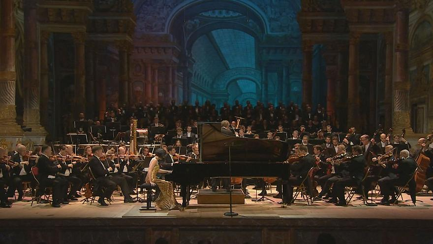 'Concert for Peace': Vienna Philharmonic and pianist Yuja Wang mark 100 years since end of Great War