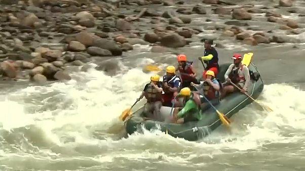 De exguerrilleros de las FARC a monitores de rafting