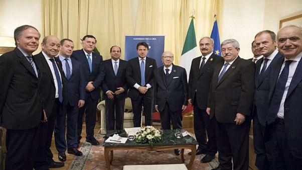 الطرفان المتنافسان في ليبيا يجتمعان لأول مرة منذ مايو