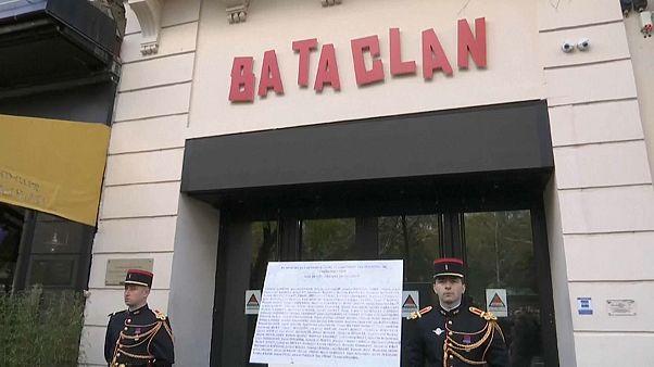 Três anos depois dos ataques Paris homenageia v´ítimas