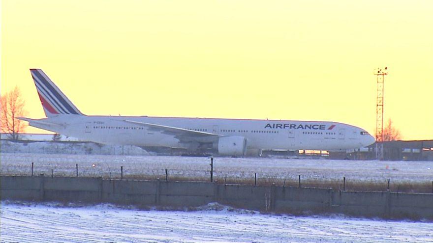 Пассажиры Air France застряли в Сибири