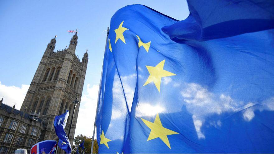 بریتانیا و اتحادیه اروپا بر سر پیشنویس موافقتنامه برکسیت به توافق رسیدند