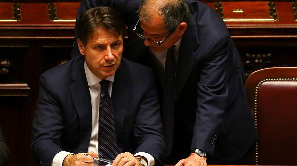 Η Ρώμη αψηφά την Κομισιόν - Αμετάβλητος ο ιταλικός προϋπολογισμός