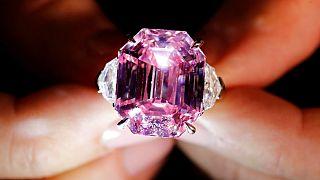 رکورد قیمت الماسهای صورتی شکسته شد