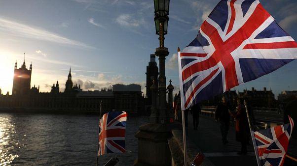 Brexit: quali sono i prossimi passi dopo la bozza di accordo Ue-Regno Unito?