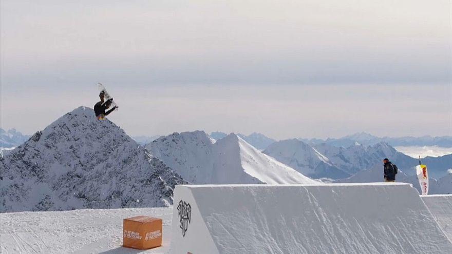 Snowboard: Anna Gasser è la prima donna a realizzare un triplo cork