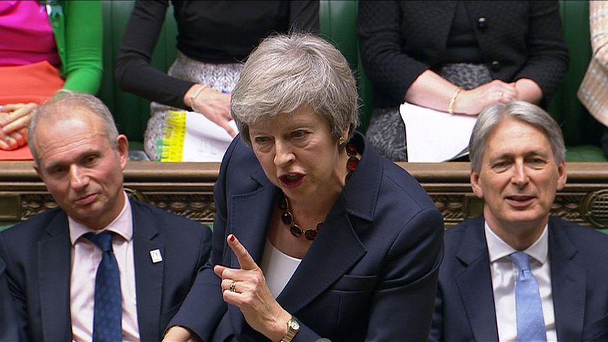 Brexit : démissions en cascade au gouvernement britannique