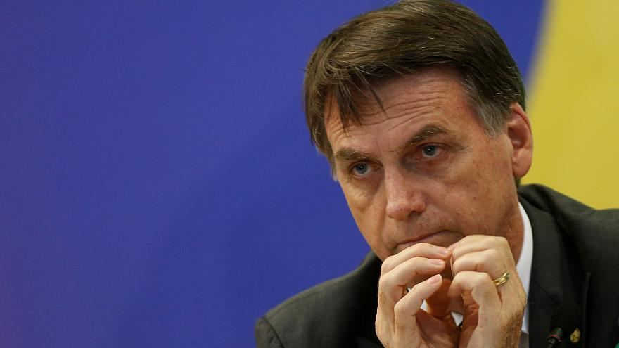 Bolsonaro escolhe admirador de Trump para dirigir diplomacia