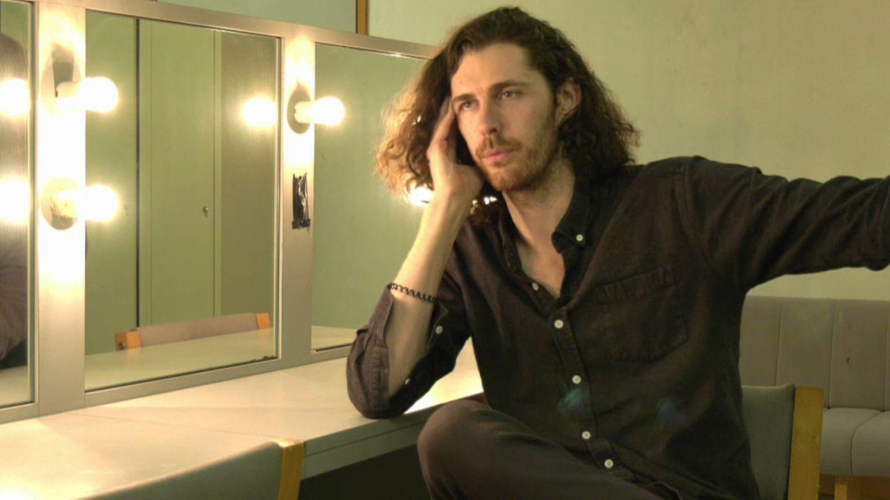 Hozier: Επανέρχεται με νέο τραγούδι και μεγάλη ευρωπαϊκή περιοδεία
