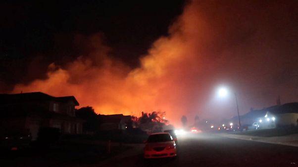 شاهد: أربع عشرة ثانية في جهنم كاليفورنيا