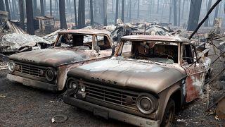 """شاهد: حرائق كاليفورنيا تمحو بلدة """"الفردوس"""" بارادايس وتحولها جحيم"""