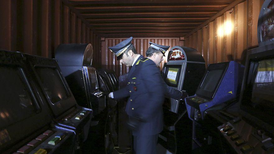 Vaste opération contre un réseau des plus puissantes mafias d'Italie