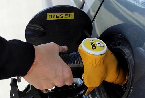 What's all the fuss about the French fuel tax hikes?  | Euronews Answers