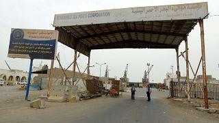 الأمم المتحدة: تراجع الشحنات إلى ميناء الحديدة اليمني بسبب إنعدام الأمن