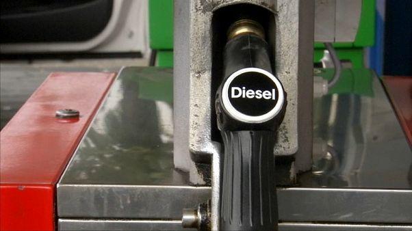Schweiz gibt Treibstoff aus Pflichtlagern frei