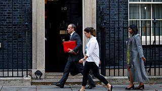 استعفای چند وزیر دولت بریتانیا در اعتراض به پیشنویس موافقتنامه برکسیت