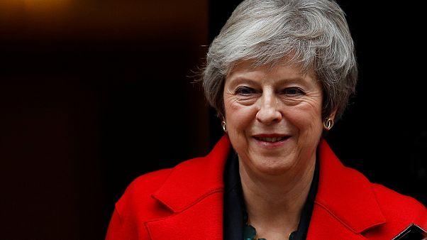 """""""Брексит"""": Мэй отстаивает сделку с Брюсселем"""