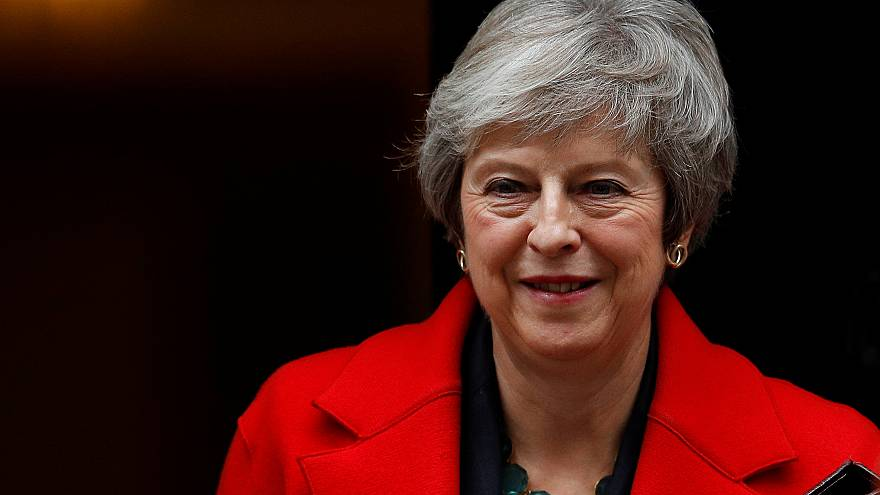 May defiende el polémico acuerdo sobre el Brexit ante los comunes