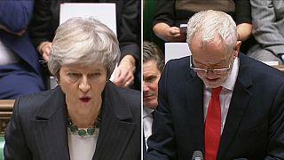 """Brexit, May: """"Prendere o lasciare"""". Corbyn: """"Non vogliamo questo accordo"""""""