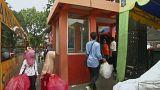 مدينة إندونيسية تستبدل تذاكر النقل بعبوات بلاستيكية